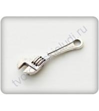 Подвеска металлическая Гаечный ключ, 5х23 мм, цвет серебро