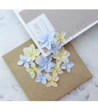 Цветы ручной работы из ткани Гортензии дуболистные, желто-голубой
